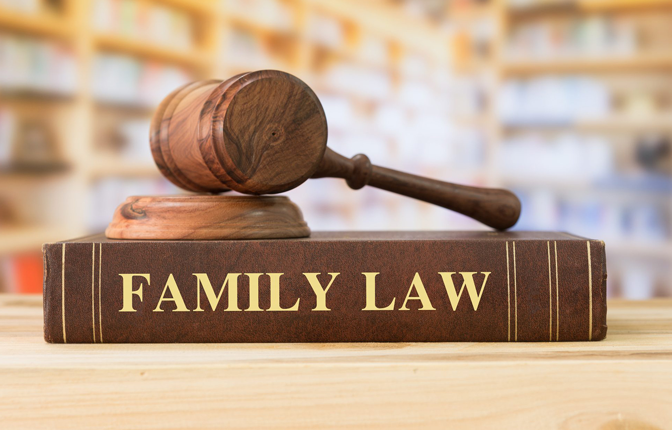 family lawyer salary
